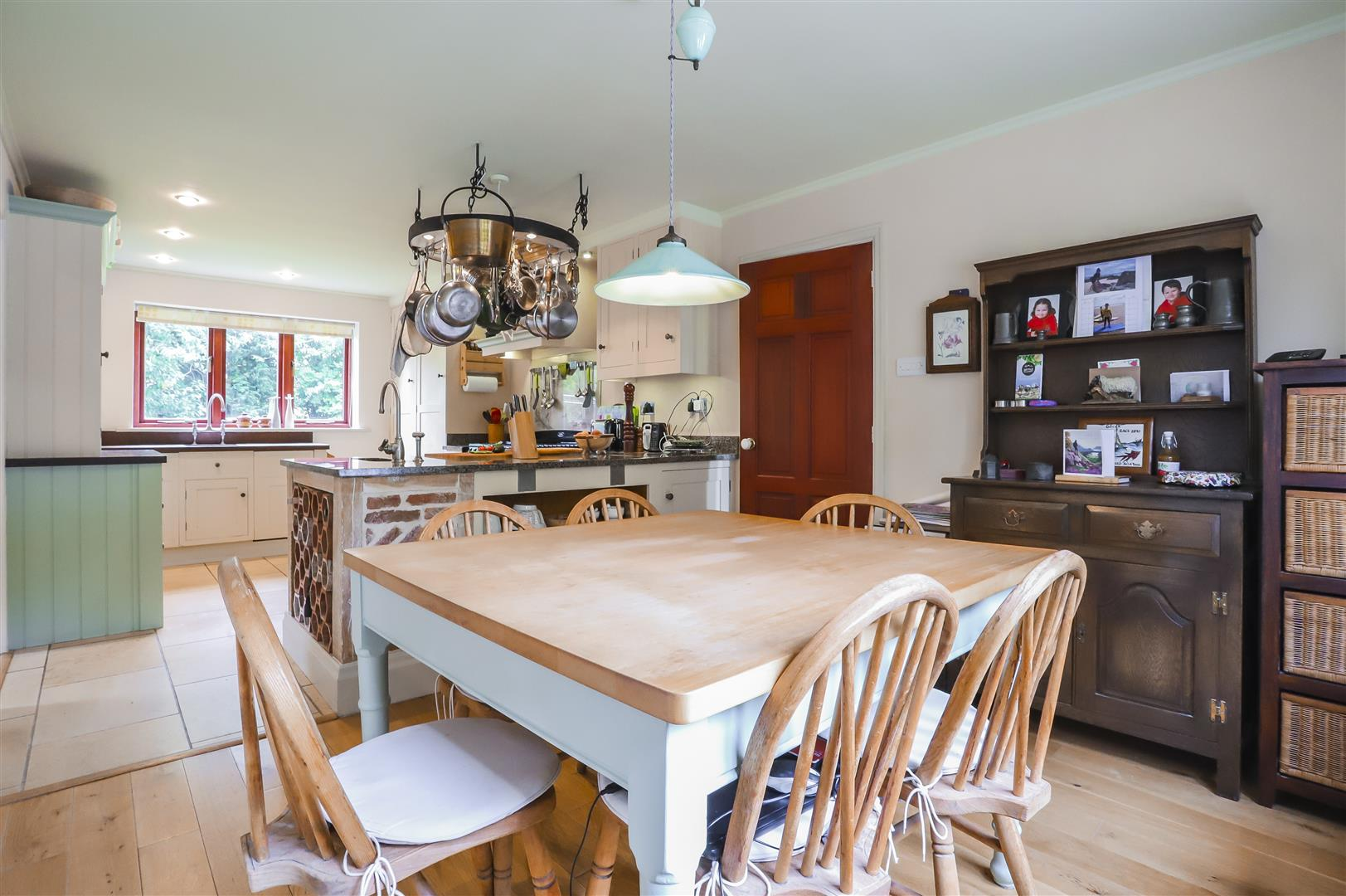 4 Bedroom Detached House For Sale - Image 4